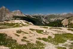 Der Aussichtspunkt einige Meter oberhalb des Passes