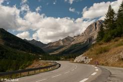 Die Straße entlang dem Tal der Guisane von Briançon hinauf zum Col du Lautaret führt durch eine sehenswerte Landschaft