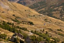 Von Grenoble kommend schlängelt sich die Straße bei Villar-d'Arêne das Tal der Romanche hinauf zum Col du Lautaret