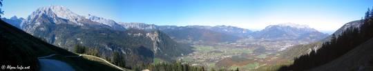 Ausblick über das Berchtesgadener Land beim Aufstieg zum Jenner, links der Watzmann