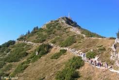 Ausblick von der Gaststätte zum Gipfel des Jenner