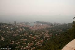 Ausblick von oben auf Monaco und das Mittelmeer